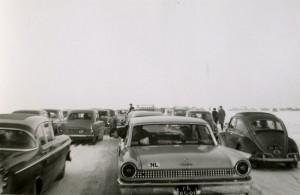 Auto's op het IJsselmeer